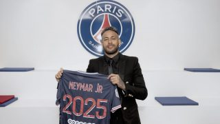 Beryl TV Neymar-contract-extension-2021-320x180 Nayma signs new contract with Paris Saint-Germain News