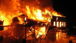 Beryl TV fire-ablaze-320x180 Building burnt in morning blaze News Nigeria Daily Entertainment News | Top headlines | Celebrity News and lifestyle - Beryl Tv